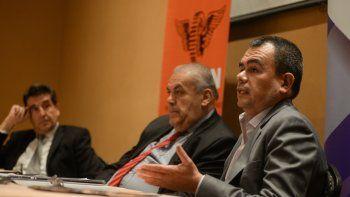 El economista Nadín Argañaraz, durante su exposición.
