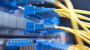 el dolar disparo el precio de internet en centenario