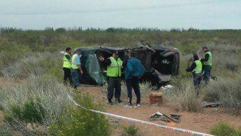 Un muerto y tres heridos en un vuelco en la Autovía Norte