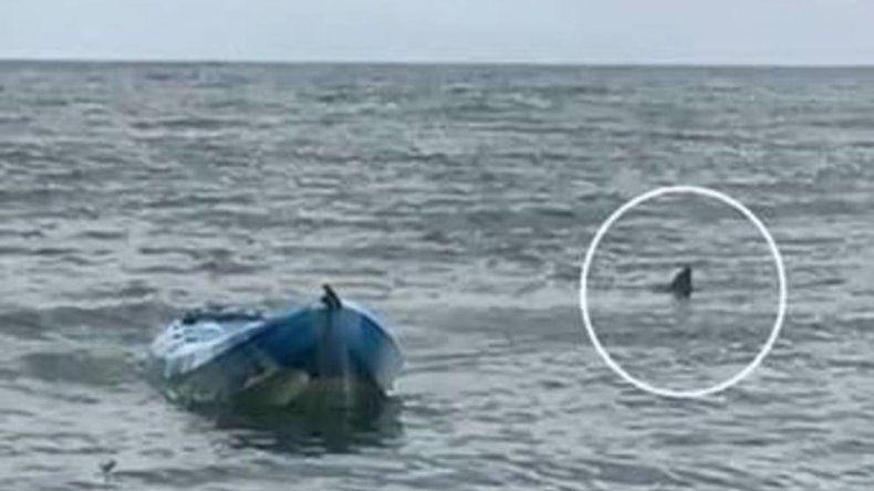 Una adolescente de 15 años pasó un muy difícil momento en el mar.