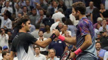 Tras vencer a Cilic, Delpo intentará ante Federer acercarse al Masters.