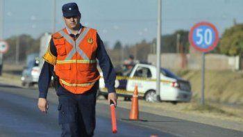 Policía murió al ser atropellado cuando colocaba conos de señalización
