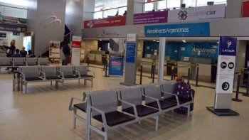 ¿Qué hacer con los pasajes de Latam y Aerolíneas Argentinas?