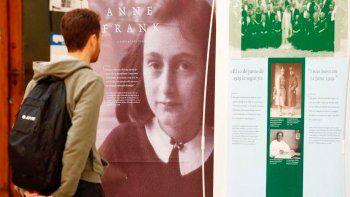 Condenadas a leer el diario de Ana Frank por bullying