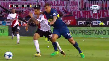 El colombiano fue expulsado en un polémica jugada.