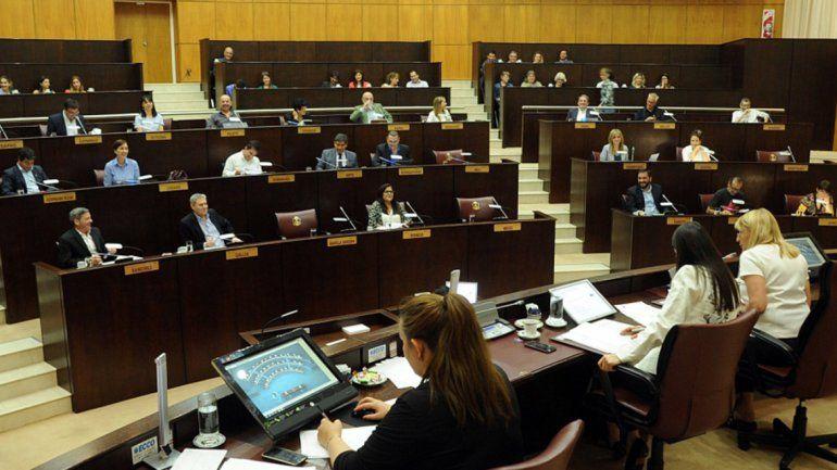 Presentarán un proyecto de ley para desburocratizar el Estado