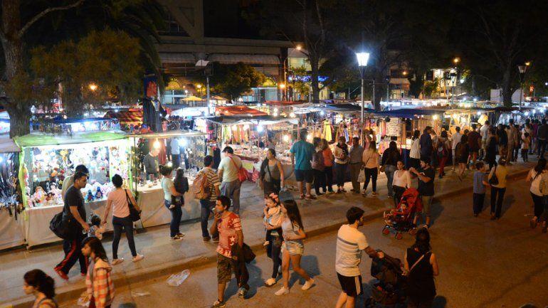 Por la Feria Nacional de Artesanos, once líneas de colectivo cambian el recorrido