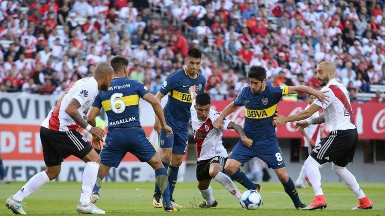 Si River le gana la Copa Argentina al Decano
