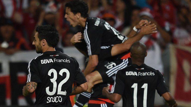 El Millo goleó al Gallito en las semis de Copa Argentina y ahora va por Atlético Tucumán.
