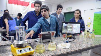 En Neuquén funcionan varias escuelas técnicas a las que asisten centenares de alumnos.
