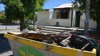 El fuego intencional dañó la vivienda de los acusados por el crimen.