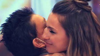 el encuentro de pampita con un nene que sufre de cancer
