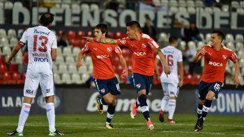 El Rojo registra cinco victorias y tres empates ante equipos paraguayos.