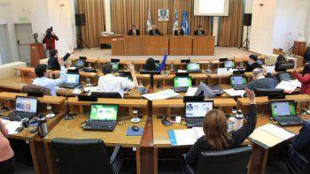 El Concejo Deliberante aprueba algunas ordenanzas de muy difícil aplicación o casi ridículas.