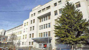 El hospital de Comodoro está en alerta sanitaria por los 44