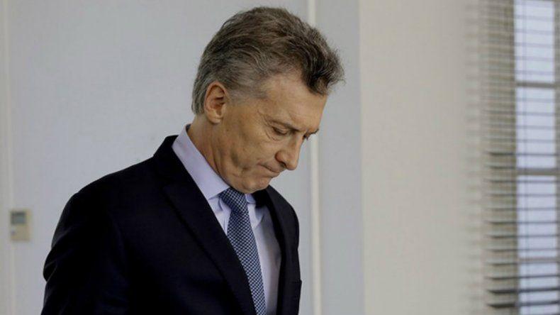 Un tuitero fue detenido por amenazar a Macri, Carrio y Vidal