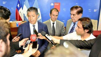 Figueroa y Pereyra se reunieron con funcionarios de la VIII Región.