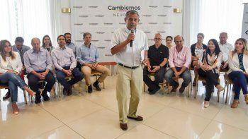 El intendente, ayer, al presentar los nuevos bloques de Cambiemos en la Legislatura y el Deliberante.