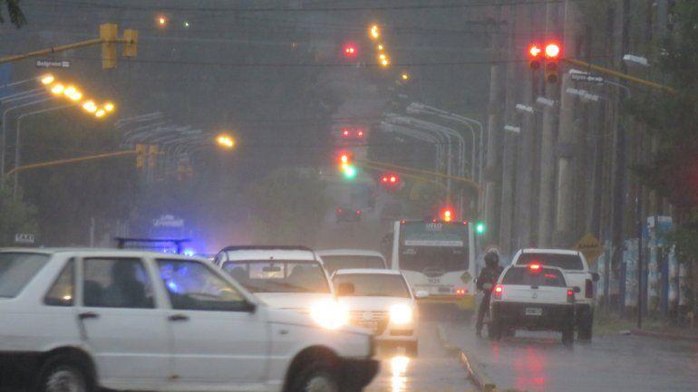 La lluvia se hizo sentir en la ciudad