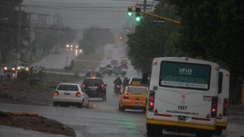 Emiten un alerta por fuertes lluvias para el interior