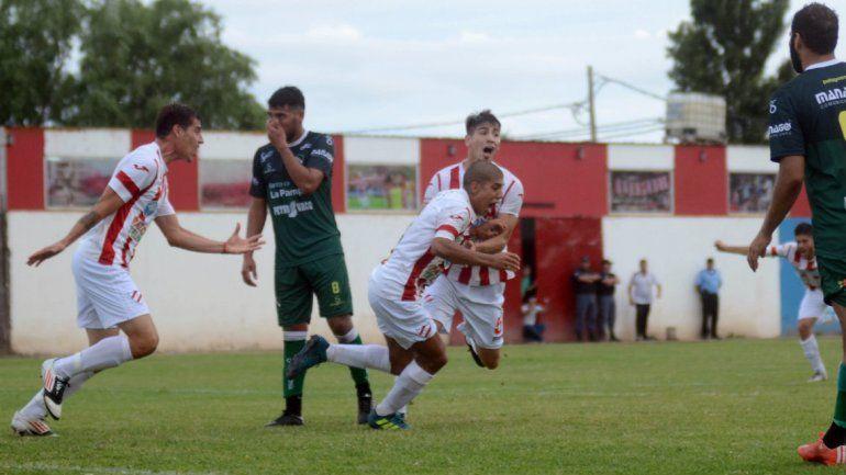 Fiesta en La Chacra: Independiente goleó 4 a 2 a Ferro de General Pico