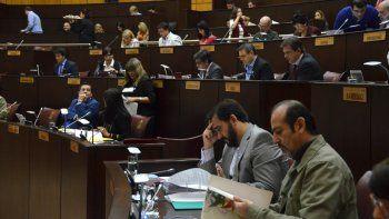 Los diputados harán doble turno para tratar dos leyes importantes.