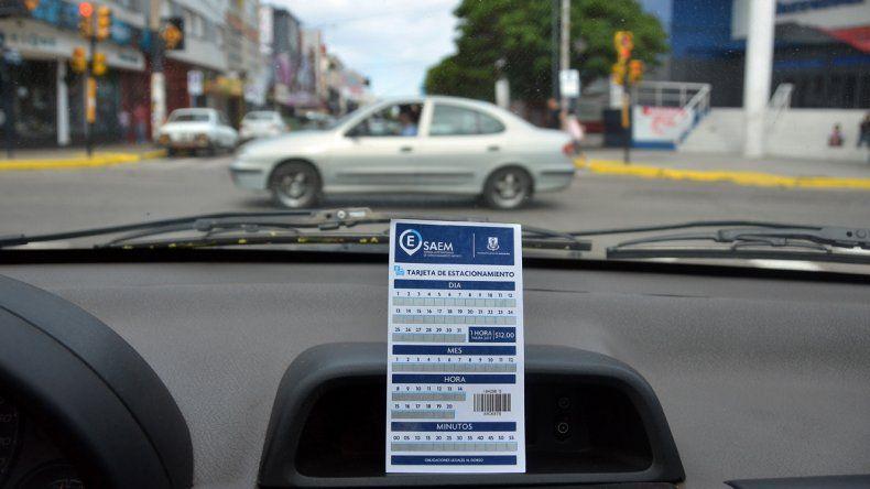 Estacionar sin pagar no  se multará hasta el lunes