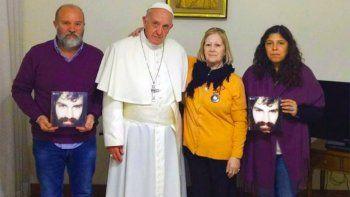 el papa recibio a la familia de santiago maldonado