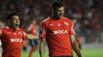 noche de copas: el rojo le gano 2 a 1 a flamengo en la primera final