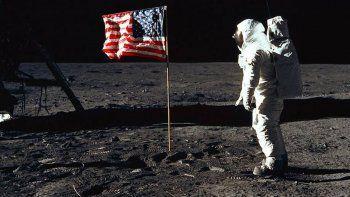 trump quiere volver a enviar astronautas a la luna