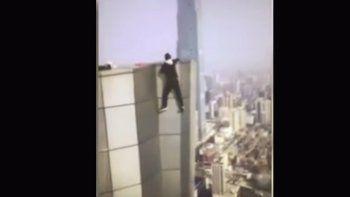 un influencer chino filmo su propia muerte tras caer desde un piso 62