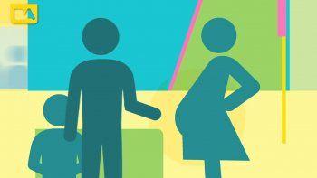 La embarazada manda un mensaje que reciben los otros usuarios.
