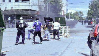 Agresión de manifestantes de ATE a una periodista de LMN