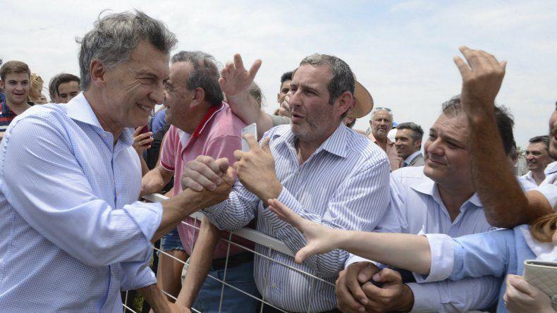 Macri visitará a trabajadores en su día