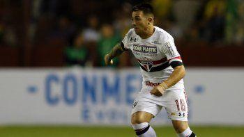 El ex lateral de San Lorenzo actualmente tiene poca continuidad en San Pablo y quiere pegar la vuelta al país.