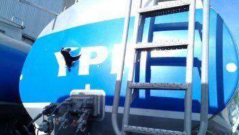 Sigue grave el operario al que le explotó la cisterna de YPF
