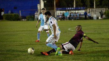 Independiente venció en semis a Petro y la ADC derrotó a Confluencia.