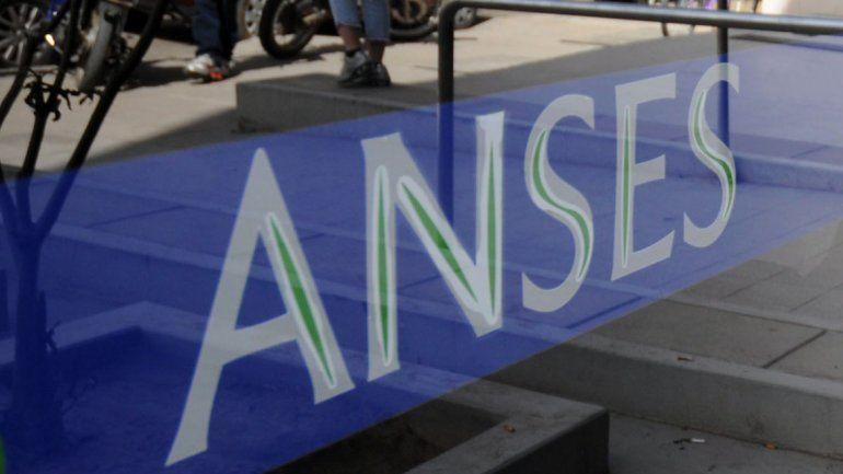 La sede de Anses en Neuquén donde harán un abrazo simbólico.