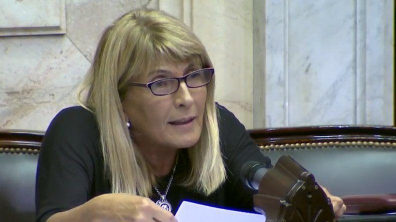 Legisladores de Neuquén van contra el decreto