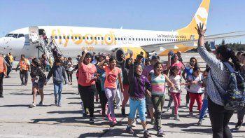 Más de cien chicos de merenderos y escuelas de los sectores más vulnerables de la ciudad manifestaron su alegría y sorpresa al volar por primera vez.