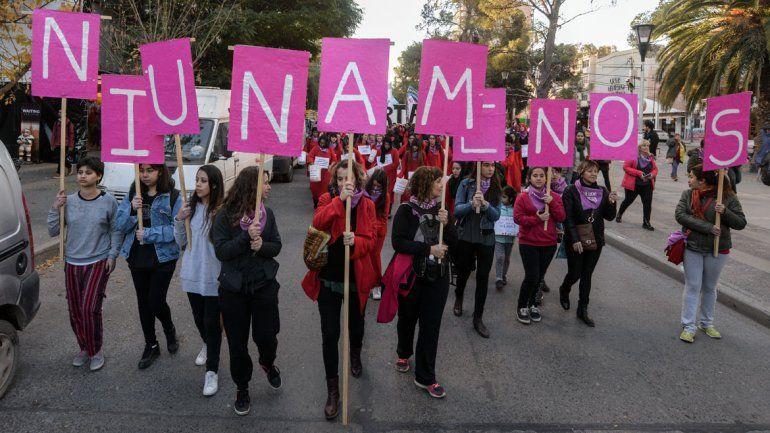 Neuquén se sumó a la campaña #Cuéntalo contra la violencia machista