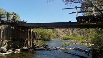 Adjudican a mapuches el incendio de un puente