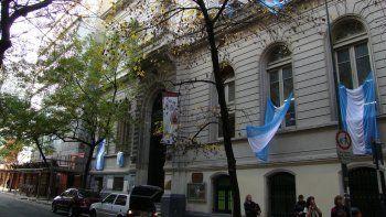 El profesor daba un taller en el Centro Cultural Sábato, de la UBA.
