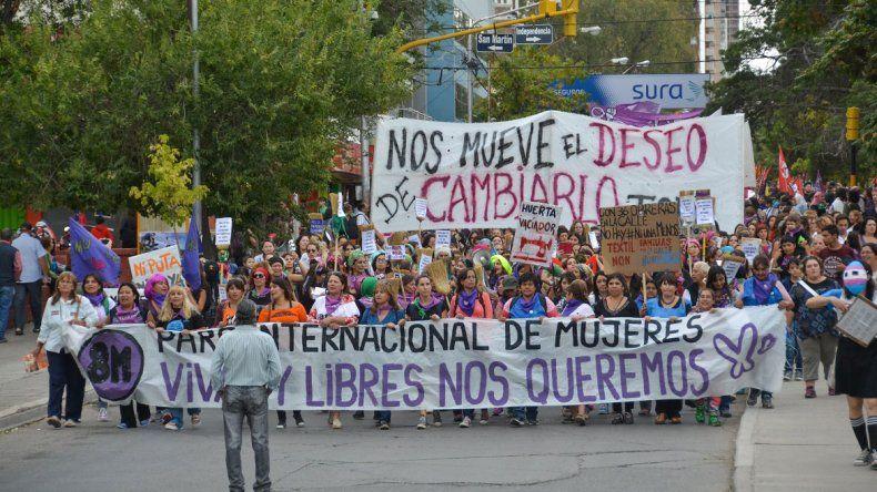 Convocan a organizar un Paro Internacional de Mujeres