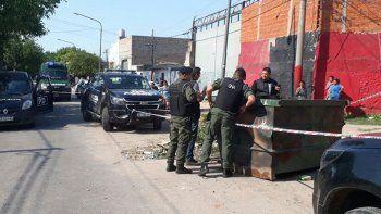 La víctima tendría entre 16 y 18 años. Ocurrió en un barrio de Rosario.