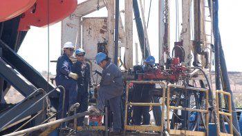 La actividad en Vaca Muerta alienta las perspectivas para la generación de empleo en el sector privado de la provincia.