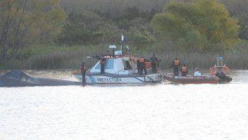 murio ahogada en el rio parana: buscan al marido