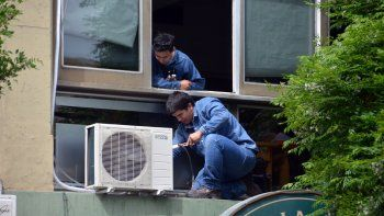 Los aires hacen aumentar el consumo de electricidad. Pero por ahora el problema es la red afectada por el calor.