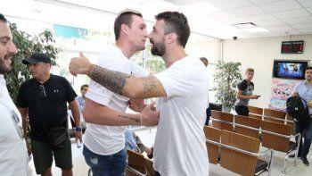 Franco Armani y Lucas Pratto fueron presentados oficialmente ayer como jugadores de River.