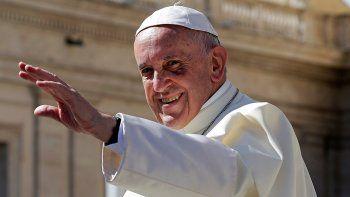 El furor por el Papa todavía no se hace sentir en los pasos